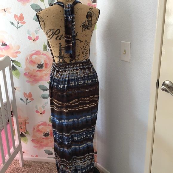 Dresses & Skirts - Summer backless maxi dress
